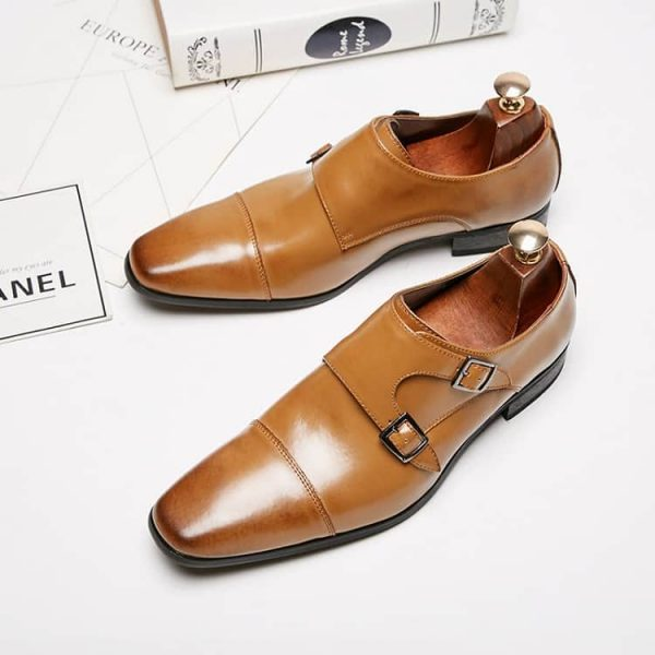 Men's leather shoes, dress three joints buckles business shoes. 3004-3-7